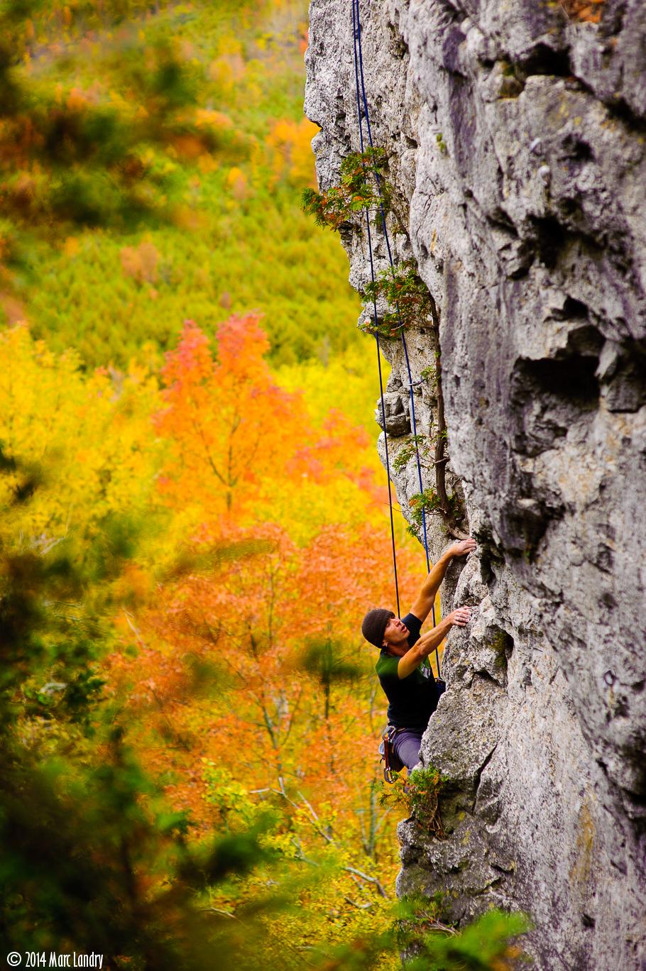 Climbing-101002-00001