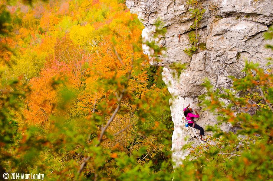Climbing-101002-00028